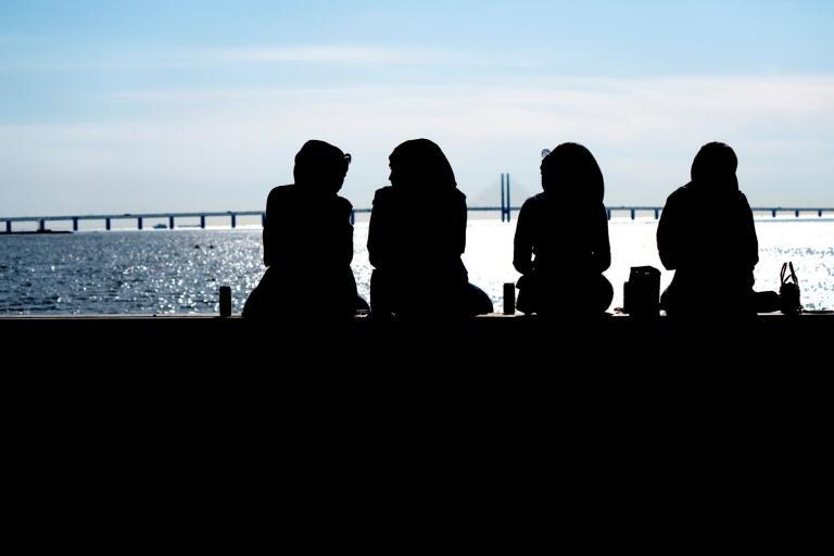 Malmöborna hänger gärna vid Sundspromenaden i Västra Hamnen. Än så länge.
