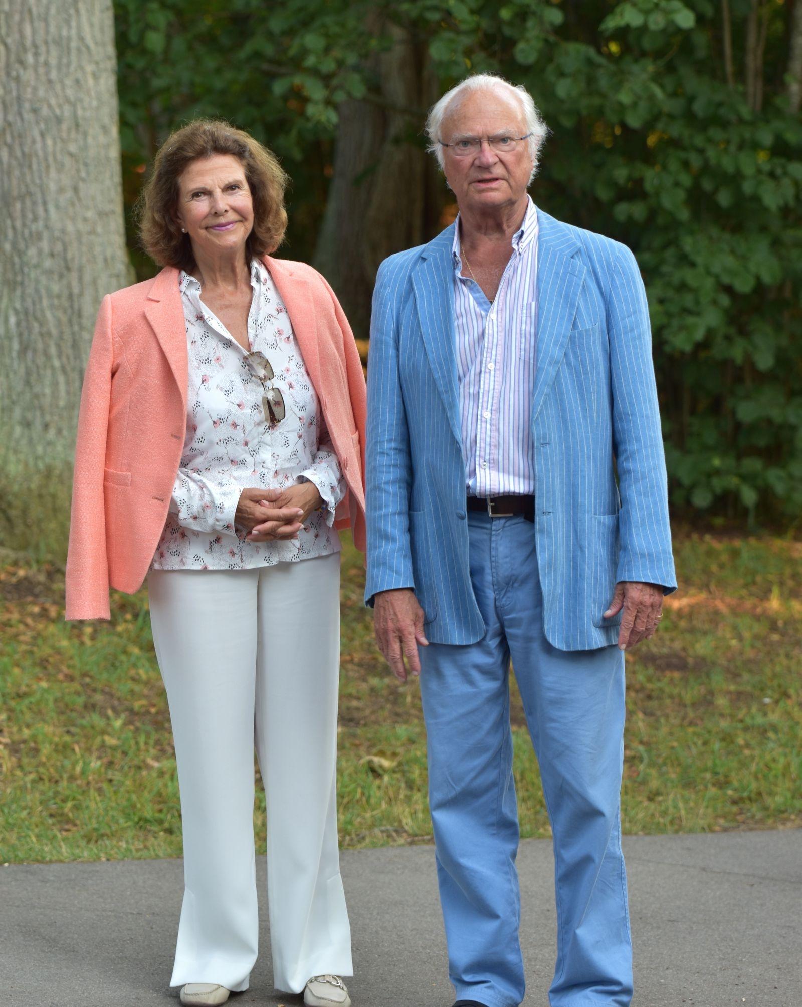 Drottning Silvia och Kung Carl Gustaf såg fram emot konserten.