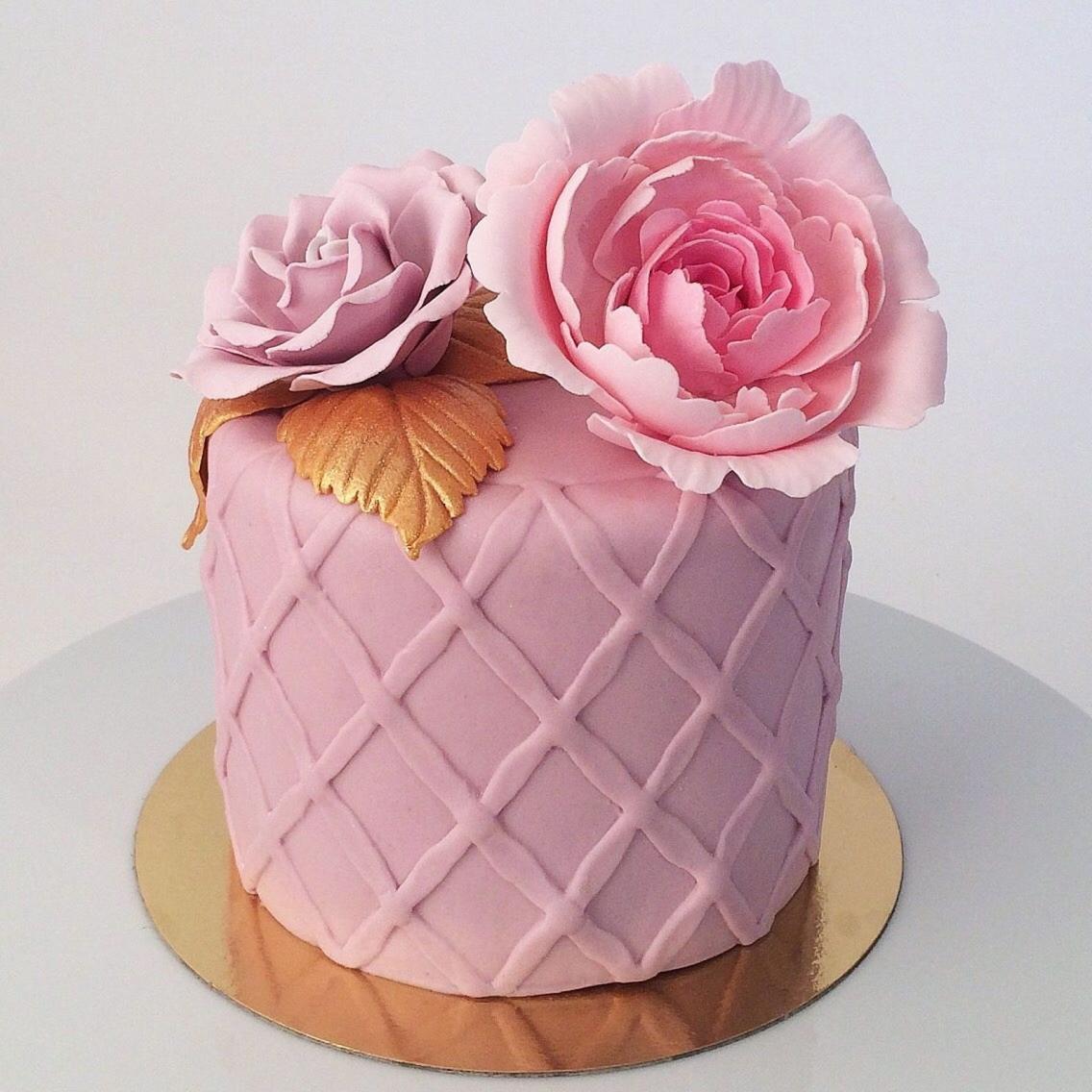Mumsigt ögongodis. En av Sara Classons tårtor som har fallit många i smaken.