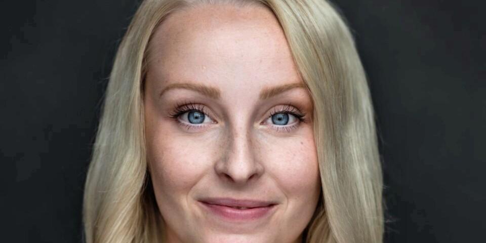 Amanda Hård hittar hem i adventstid.