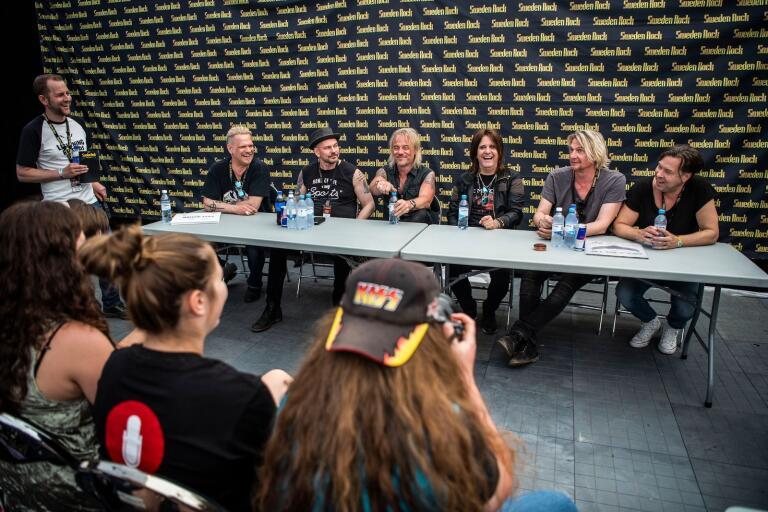 Easy Action med bland annat Kee Marcello och Tommy Nilsson återförenades på Sweden Rock på fredagen. Efter spelningen träffade de pressen.