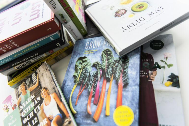 Försäljningen av kokböcker ökade under coronakrisens första tio veckor. Arkivbild.
