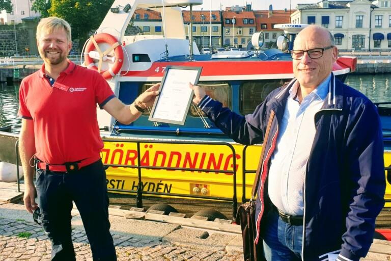 Sjöräddningssällskapet fick 15 000 kronor i gåva