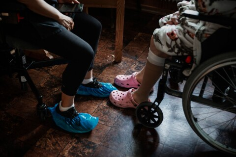 Länet: Strokedrabbad känner sig tvungen att flytta