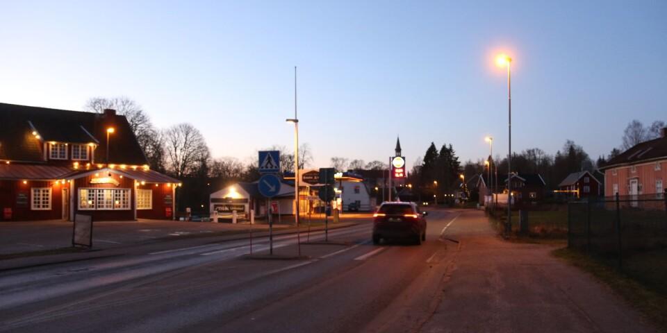 Det känns som att man sedan 1974 mest har sett till att expandera centralorten. Men hur känns det att bo i Blidsberg, där man står i valet om man ska åka mot Falköping eller Ulricehamn, frågar sig insändaren.