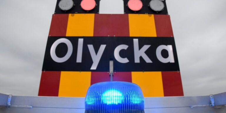 Olycka: Stopp i trafiken på riksväg 15 efter olycka