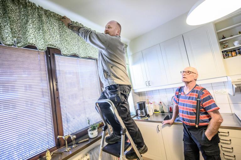 Fixartjänst för äldre kan ryka i spartider