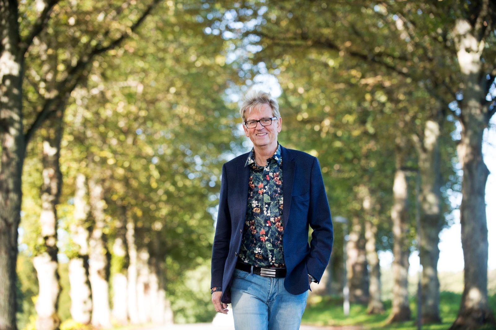 """Håcan Nilsson, bankman och radiopratare, föreläser om """"Vikten av att kunna prata allvar på ett humoristiskt sätt"""" torsdag 28 oktober. Foto: Lennart Månsson"""