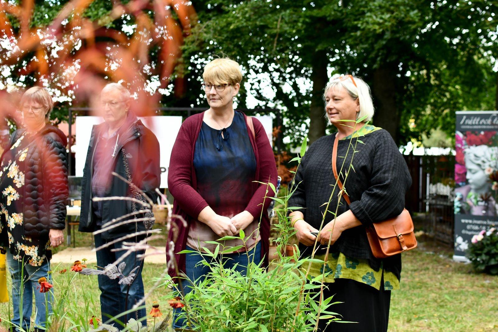 Ing-Marie Nilsson och Jeanette Håkansson hade kört från Önnestad respektive Kristianstad för att besöka trädgårdsmässan i Lunnarp.