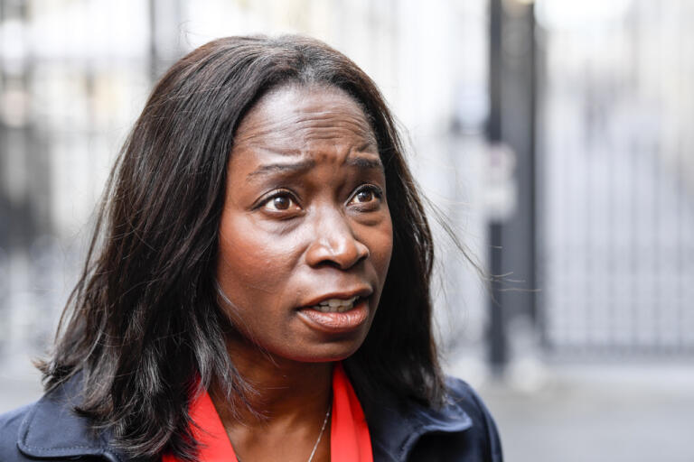 Liberalernas partiledare Nyamko Sabuni efter ett partiledarmöte i torsdags.