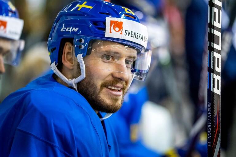 Oliver Ekman Larsson vill spela klart NHL:s grundserie.