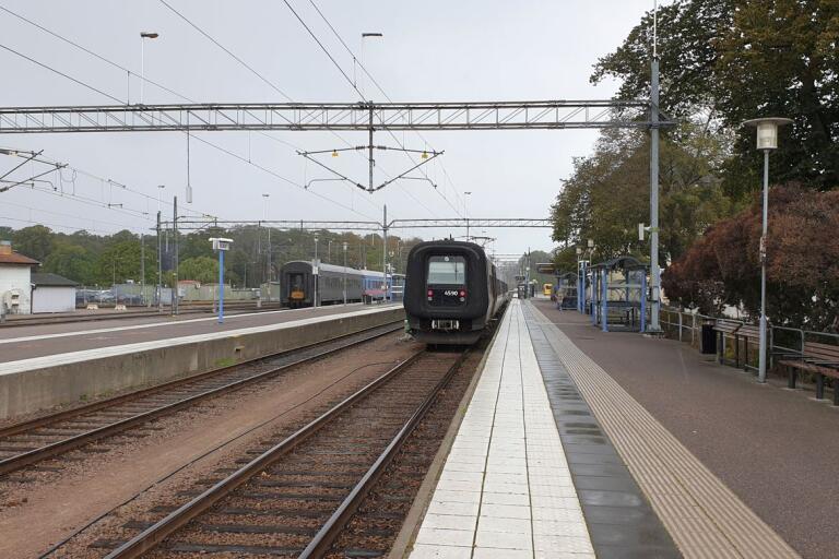 Tåget anländer till Kalmar Centralstation. I dag är stationen, liksom den i Karlskrona, endast en vändplats. Men i framtiden har trafiknämnden inom Region Blekinge andra visioner för tåget i Blekinge med angränsande regioner.