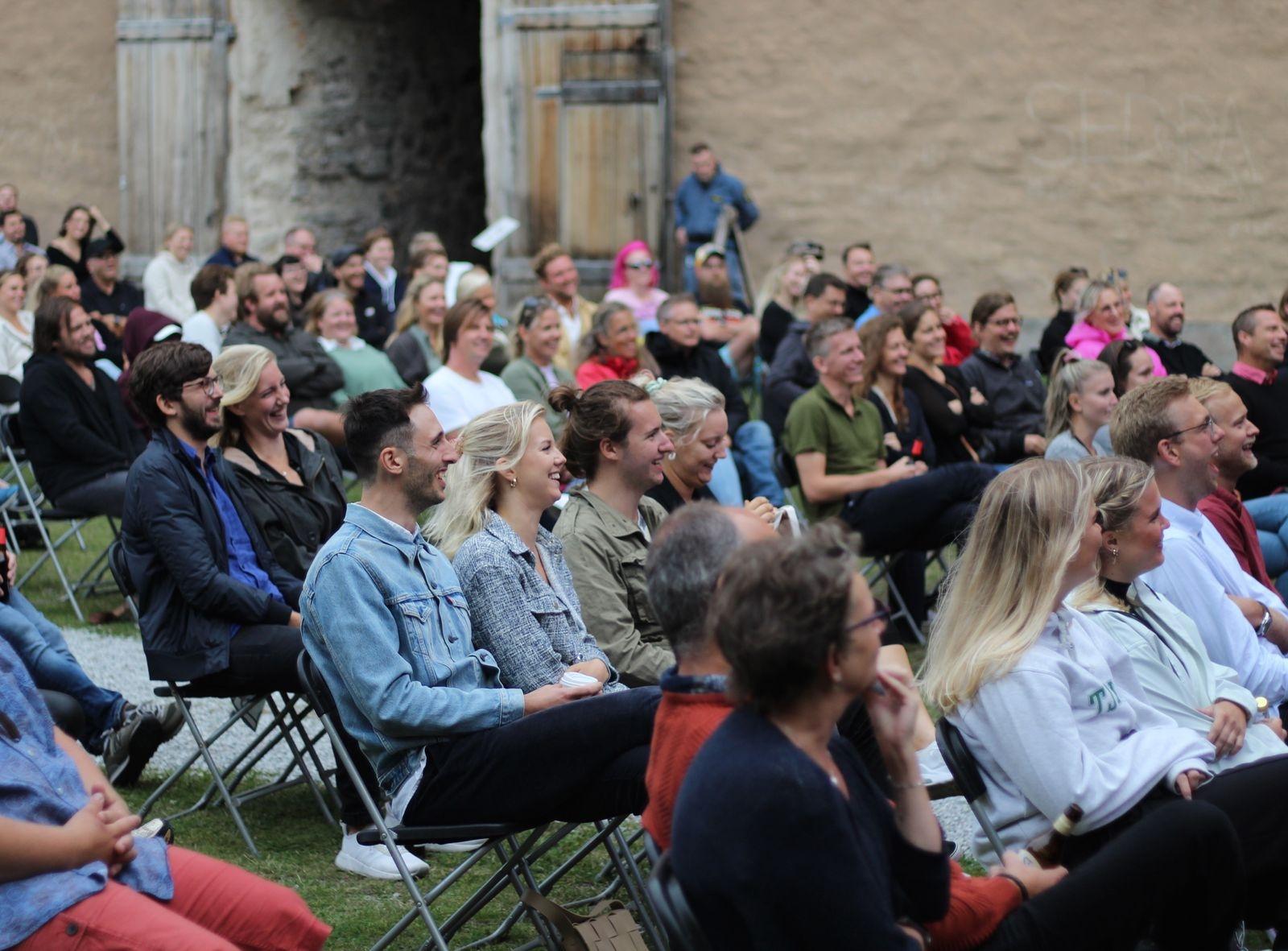 Publiken var verkligen med på noterna denna underbara sommarkväll.