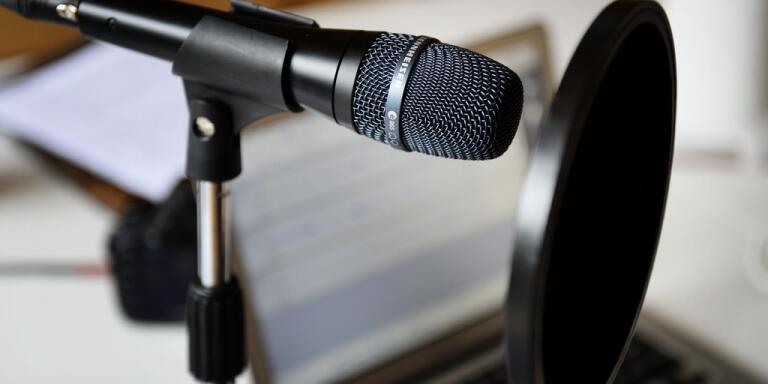 Utskälld podcastproducent lämnar branschen