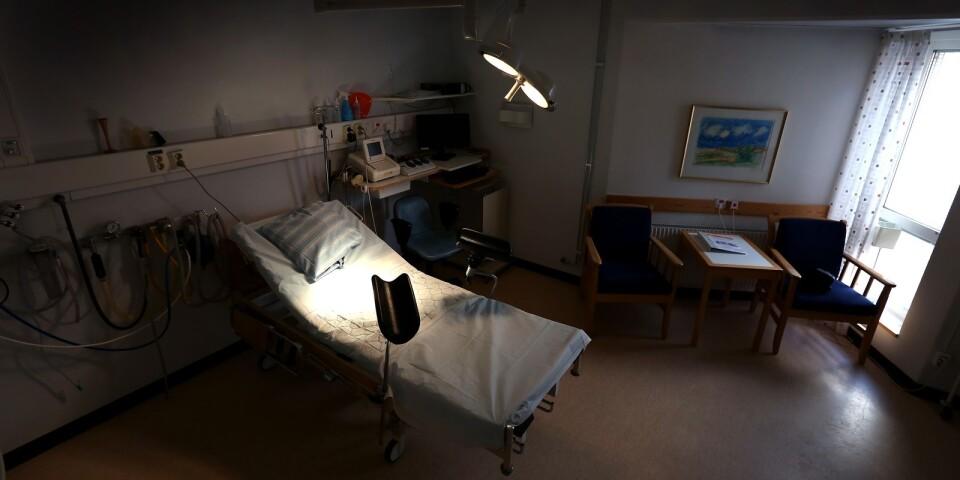 Mindre förlossningskliniker kommer inte ha samma tillgång till operationsrum, vilket riskerar att påverka den gravida kvinnans hälsa negativt.