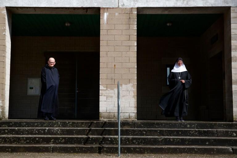 Här är råden från klostret i karantäntider