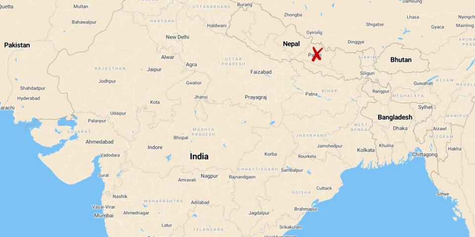 Minst 14 människor har omkommit i en busskrasch i Nepal.