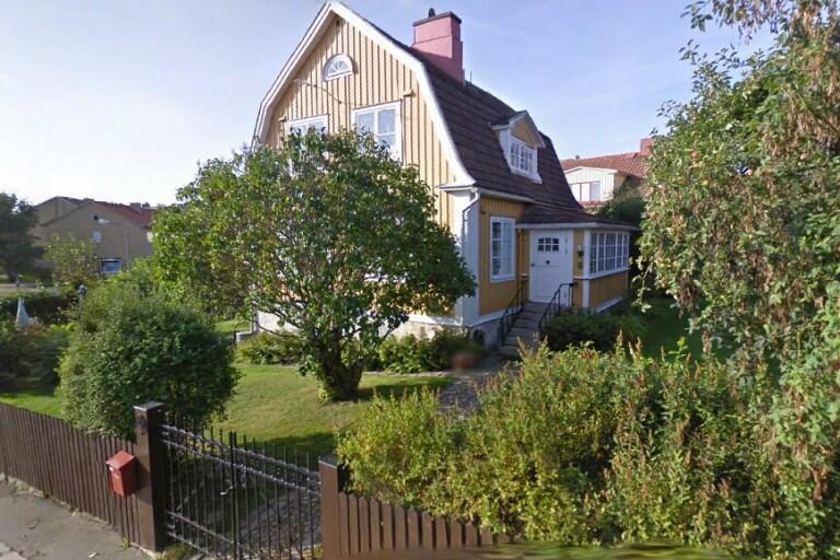 Nya ägare till äldre hus i Karlskrona