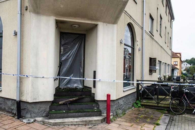 Möbler brann i klassisk restaurang – lägenheter evakuerades