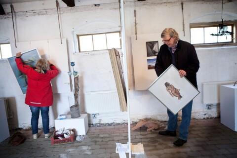 Coronaeffekt: Konstnärer ställer in påskrunda