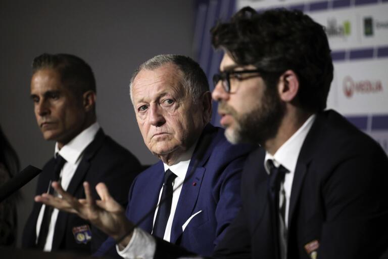 Lyon och dess ordförande Jean-Michel Aulas ger sig inte. Klubben vill att Ligue 1 ska spelas klar. Arkivbild.