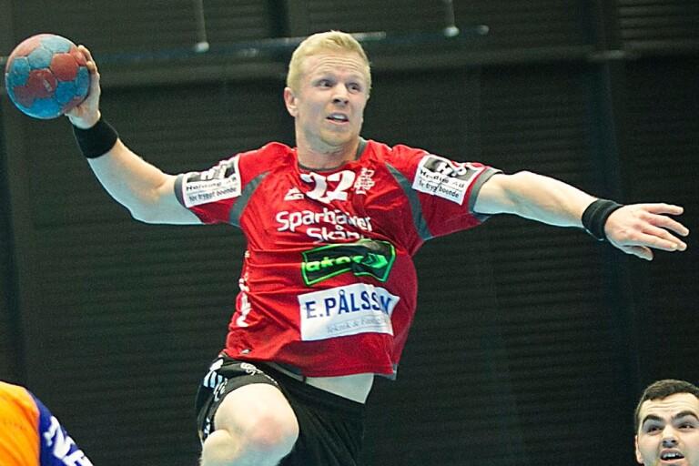 Knudsen inledde med seger i nya klubben