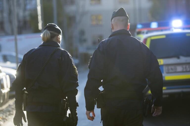 Hot: Man drog vapen mot polisen – misstänkt för grovt hot