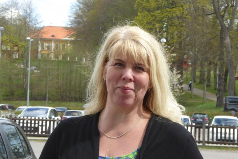 Anna levandegör 1800-talets drama på Östrabo