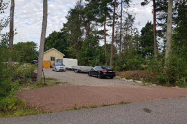 Olovlig utfart på kommunal mark kan kosta 100 000 kronor