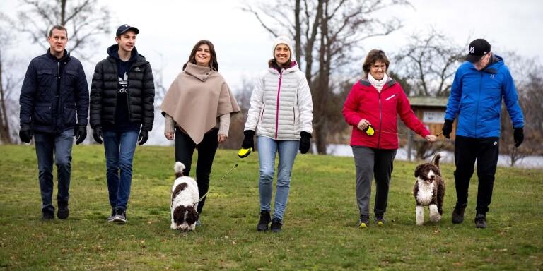 Folk står på kö för att skaffa hundvalp under coronapandemin