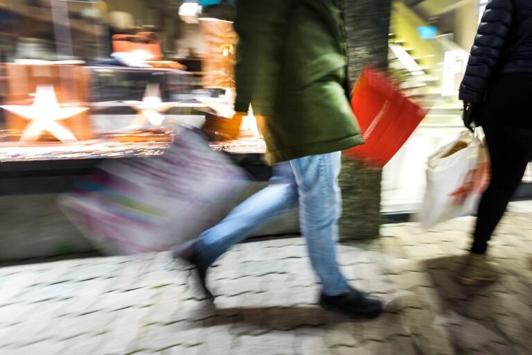 Kommunanställda får citykort för 600 kronor