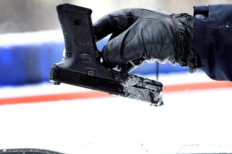 Hot: Bråk på sociala medier slutade med vapenhot