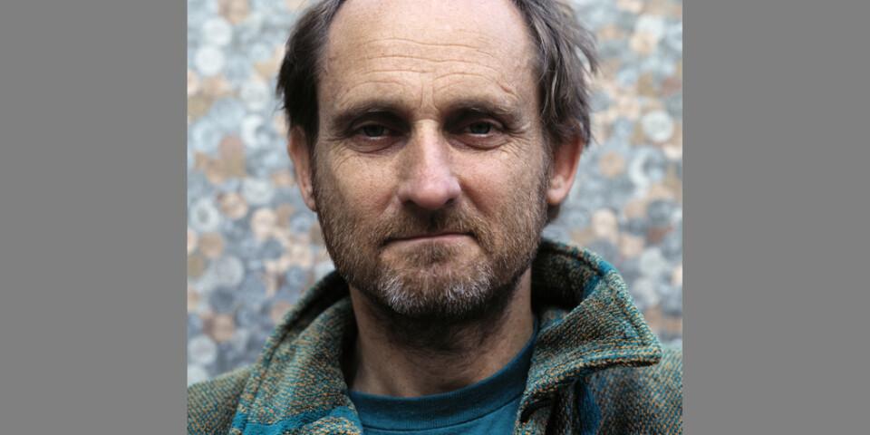 Scenografen och formgivaren Rolf Allan Håkanson är död. Pressbild.