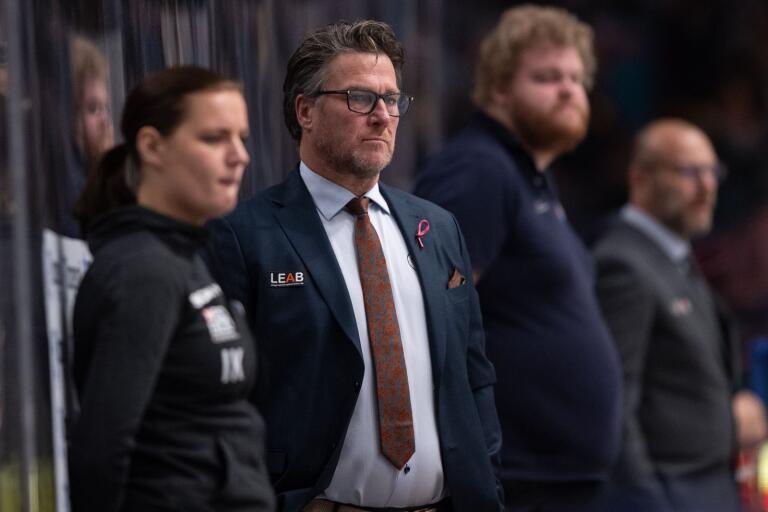Håkan Åhlund tycker att IK Oskarshamn stått för en bra inledning på säsongen.