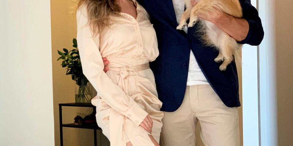 """""""Det är tur att jag haft flickvännen (Alexandra Zaitseva) här och hennes hund (Mollie, pomeranian), så att man har lite sällskap i alla fall"""", säger Marcus Ericsson."""