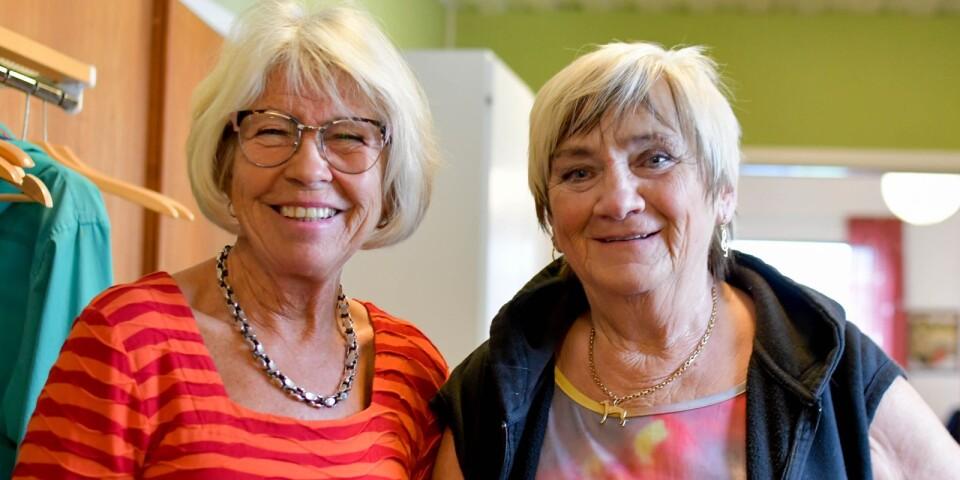 Lisbeth Nilsson och körledare Gunilla Ehrnborn.