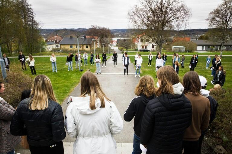 Hatten på för studenten – trots ovisshet kring avslutning