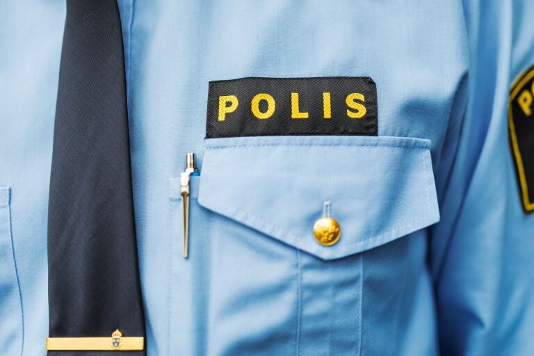16-åring skulle gripas av polis – gjorde motstånd