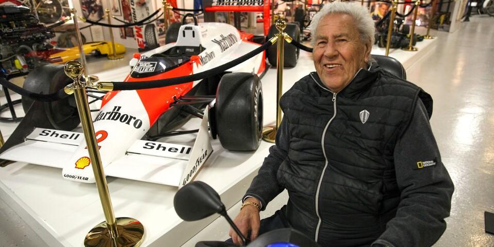 """Nisse Nilsson uppgraderar och förnyar ständigt sin bilsamling som är en av Europas mest exklusiva. Nyligen förvärvades Stefan """"Lill-Lövis"""" Johanssons McLaren MP 4/3 Formel 1."""