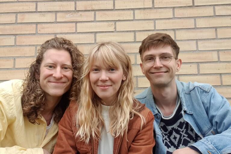 Trion gör årets pridelåt