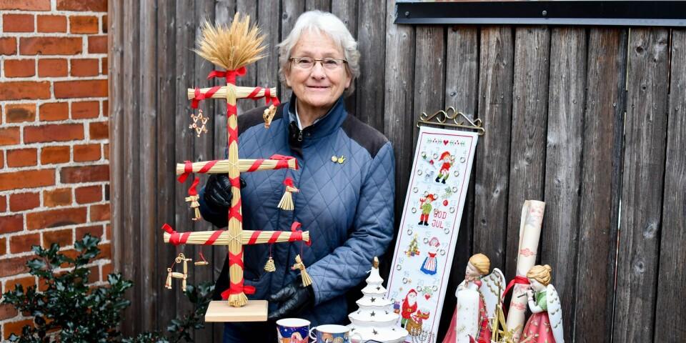 Fyrklöverns änglar, Georg Jensen-prydnader och Rörstrands fina julmuggar är bara några exempel på vad Kerstin Påhlsson själv kommer att duka fram på julmarknaden i Cabinen, Surbrunnsparken i Ystad.