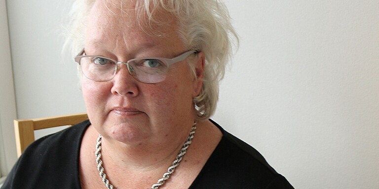 Ann-Katrin Ståhl, socialchef i Mörbylånga kommun, berättar om de fem covid-19-fallen på Äppelvägens äldreboende i Färjestaden.