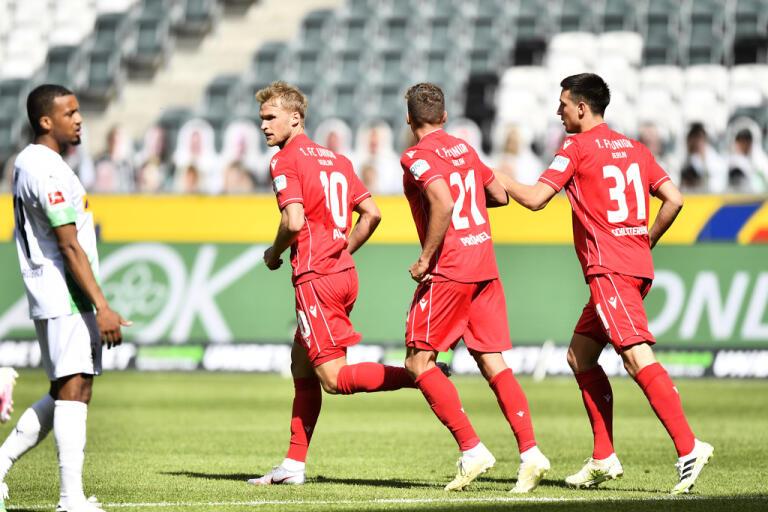 Sebastian Andersson (nummer 10) gjorde mål men hans Union Berlin förlorade ändå klart borta mot Borussia Mönchengladbach, 1–4, på söndagen.