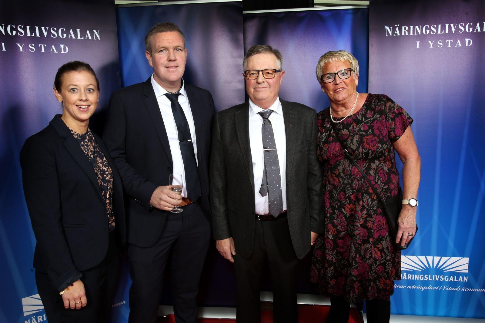 Maria Karlsson, Markus Karlsson, Håkan Karlsson och Eva Olsson, H & M Karlssons Åkeri