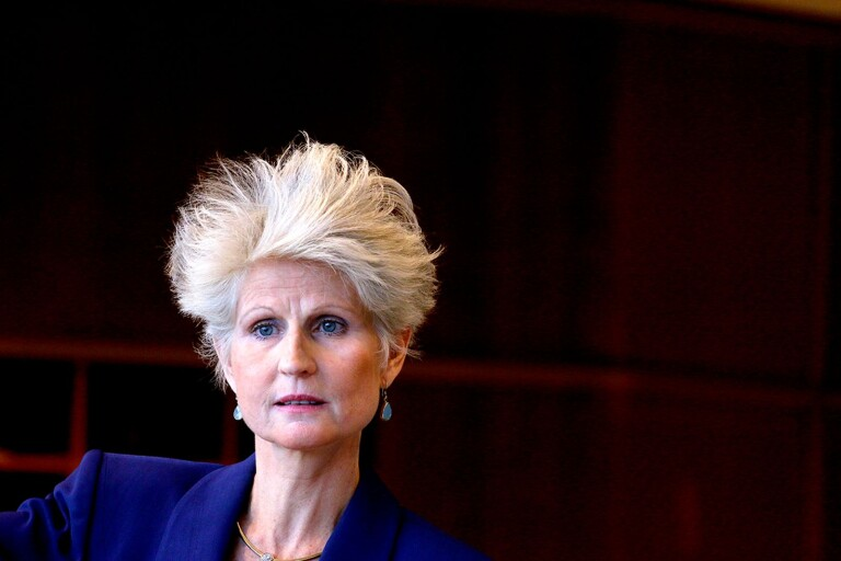 Förvånad och förbaskad. Anna Maria Corazza Bildt tog inte petningen från Moderaternas EU-vallista med jämnmod. Nu har hon aviserat att hon lämnar partiet. Hur många kryss tar hon med sig?