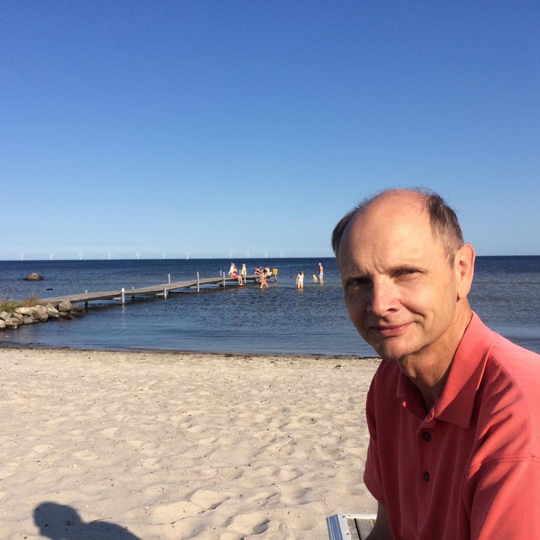 Kent Pettersson rapporterade från Kårehamn på Öland måndagen den 14 september. Där visade badtermometern 15 grader.