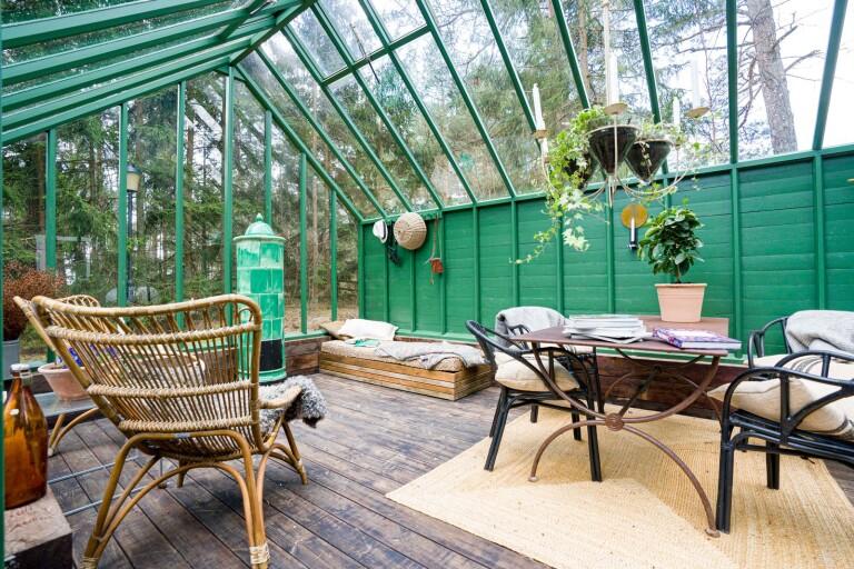 Längre sommar och plats för fler i växthuset