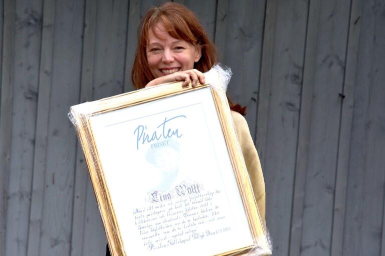 Mustigt författarskap gav Lina Wolff Piratenpriset