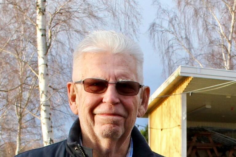 Leif Lindberg ställer frågor om trafik i Bergkvara