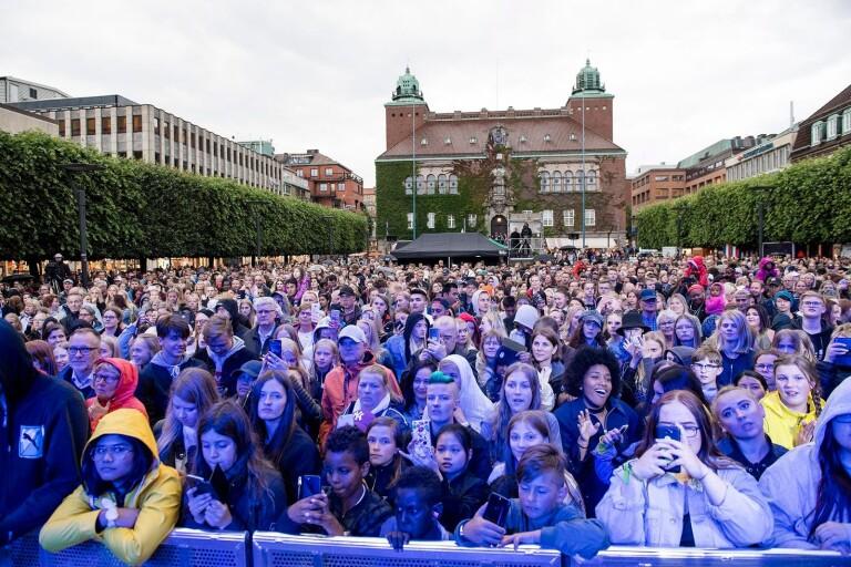 Klart: Hon blir första artisten på Sommartorsdagarna